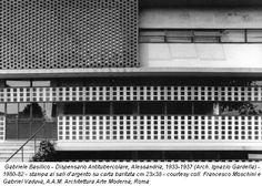 Gabriele Basilico - Dispensario Antitubercolare, Alessandria, 1933-1937 (Arch. Ignazio Gardella) - 1980-82 - stampa ai sali d'argento su carta baritata cm 23x38 - courtesy coll. Francesco Moschini e Gabriel Vaduva, A.A.M. Architettura Arte Moderna, Roma