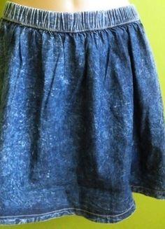 Kup mój przedmiot na #vintedpl http://www.vinted.pl/damska-odziez/spodnice/14567008-spodnica-rozkloszowana-jeansowa-marmurkowa-denim-co-38-40