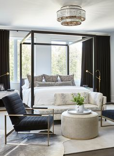 Green Master Bedroom, Master Bedroom Design, White Bedroom, Modern Bedroom, Master Bedrooms, Contemporary Bedroom Decor, Bedroom Brown, Large Bedroom, Small Bedroom Designs