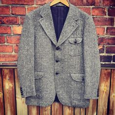 Men's vintage tweed outdoor style/formal caual/timeless/classic/tally ho/shooting/houndstooth by WifinpoofVintage on Etsy Tally Ho, Men's Vintage, Tweed Jacket, Timeless Classic, Mad Men, Houndstooth, Looks Great, 1960s, Pure Products