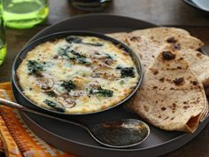 """Queso fundido con Champinones y Chile Verde"", or how about melted cheese with mushrooms and green chile in a soft flour tortilla... yummy!!, from Mexico City, #IwannagotoMexico http://gotomexico.co.uk/cook-mexican/"