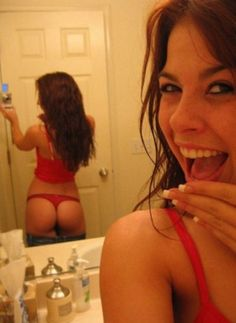 Some babes just know how to REALLY take a selfie, these girls NAILED IT!