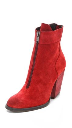 LD Tuttle The Balance Zip Front Booties modern take on a mod boot.  Like it but it might be too trendy