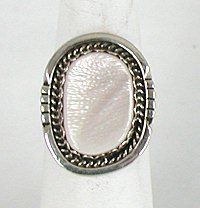 Authentic Native American Vintage Sterling Silver Mother of Pearl ring