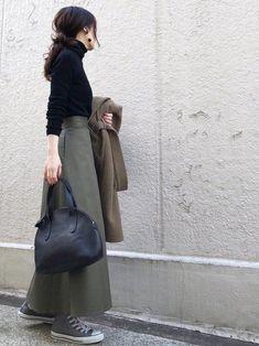 ファッション ファッション in 2020 Asian Street Style, Japanese Street Fashion, Street Style Looks, Asian Style, Autumn Fashion Work, Work Fashion, Asian Fashion, Fashion Outfits, Womens Fashion
