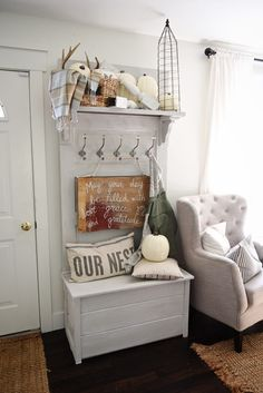 Love the wood sign. Neutral Early Fall Home Tour -