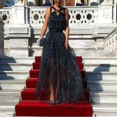 30b0dd72fc960 64 Best Gece Elbiseleri images in 2015   Couture, Curve prom dresses ...