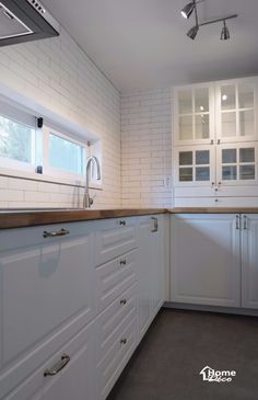 31py 모던한 대전 둔산동 녹원 30평대 아파트인테리어 : 네이버 블로그 Backsplash, Kitchen Cabinets, House Design, Home Decor, Decoration Home, Room Decor, Cabinets, Architecture Design, Home Interior Design
