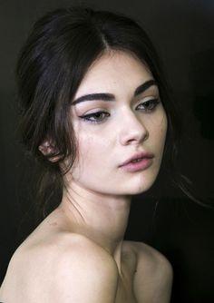 beauty winter fashion makeup fall Backstage Dolce & Gabbana 2014 antonina vasylchenko