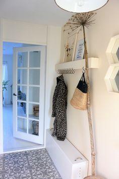 Natural Home Decor, Diy Home Decor, Corridor Design, Scandi Home, Lets Stay Home, Interior Decorating, Interior Design, Small Apartments, Home Projects