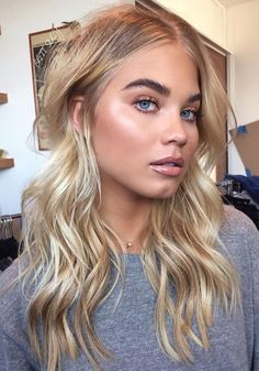 Top hairstyles for 2019 (notitle) hairs in 2019 макияж глаз, Blonde Makeup, Beauté Blonde, Blonde Hair Looks, Brown Blonde Hair, Make Up Blonde Hair, Blonde Hair Eyebrows, Curly Blonde, Top Hairstyles, Pretty Hairstyles