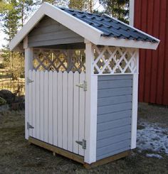 Simeli harja Diy Privacy Fence, Wood Shed, Diy Wood, Projects To Try, Yard, Outdoors, Exterior, Outdoor Structures, Interior Design