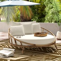 patio furniture Olu Bamboo Large Round Patio Daybed with Cushions Diy Garden Furniture, Bamboo Furniture, Best Outdoor Furniture, Pallet Furniture, Living Room Furniture, Furniture Sets, Home Furniture, Furniture Design, Rustic Furniture