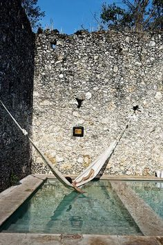 #HAMMOCK http://www.nomad-chic.com/hammock-the-best-hanging-chair-swings-for-the-home-travel.html