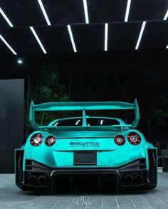 Nissan Gtr Godzilla, Nissan Gtr R34, Skyline Gtr, Nissan Skyline, Gtr 35, Wide Body Kits, Liberty Walk, Jdm Cars, Car Photography