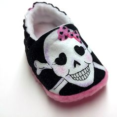 Sugar Skull Baby Shoes,Skull Baby Shoes,Day of The Dead,Rockabilly,Dia De Los Muertos,Soft Sole Baby Girl by BABYRAGQUILTS on Etsy