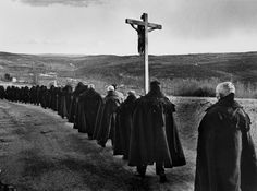 Journal of a Nobody Social Photography, Bw Photography, Holy Week In Spain, Saint Teresa Of Avila, Faith Of Our Fathers, Parda, Religion, Female Photographers, Magnum Photos