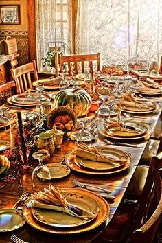 Beautiful fall table setting, perfect for Thanksgiving from Rooms ...