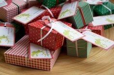 mit rot grünen Päckchen November, Gift Wrapping, Printables, Christmas, Gifts, Xmas, Calendar, Christmas Advent Calendars, Boxes