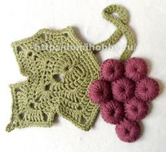 Вязание виноградной лозы Beautiful crochet Irish crochet lace leaf and crochet grapes