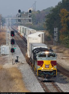 RailPictures.Net Photo: NS 1074 Norfolk Southern EMD SD70ACe at Ashville, Ohio by Whit Wardell