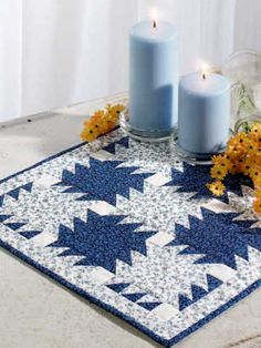 Quilting - Home Decor - Table Topper Quilt Patterns - Blue & White Saw Blades Free Quilted Table Topper Pattern - #FQ00114
