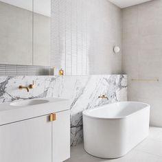 zen Bathroom Decor Fabulous Luxurious Bathroom Design Ideas You Need To Know Zen Bathroom, Modern Bathroom, Bathroom Shelves, Bathroom Ideas, Bathroom Trends, Bathroom Designs, Colorful Bathroom, Bathroom Tubs, Bathroom Canvas