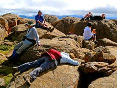 Hikers rest at the summit of Mt. Day Hike, Tasmania, New Zealand, Rest, Hiking, Australia, Travel, Walks, Viajes