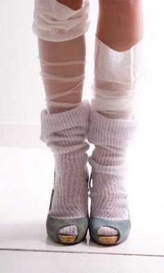 Make a DIY post about achieving this look with cut-off old tights - N Feminine layers of socks and high heels Socks And Heels, High Heel Boots, High Heels, Women's Socks, Tube Socks, Fishnet Socks, Sheer Socks, Trouser Socks, Stockings Heels