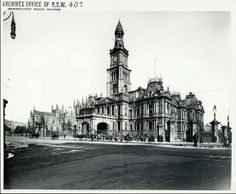 Construction of Sydney Town Hall began with the securing of the George St site in 1869. The Town Hall was occupied in September 1874 and gradually extended to include the clock tower in 1881, the Main Hall in 1889 and its grand organ in 1890. A public holiday was proclaimed when Sydney Town Hall opened on 27 November 1889.