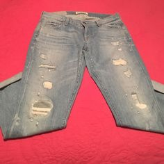 Textile Denim Jeans Elizabeth and James Textile Denim Jeans. Distressed look, cuffed at the bottom, 2% Stretch. Size 29 but runs a little small. Worn once. Great condition Elizabeth and James Jeans Skinny