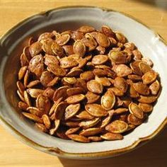 Roasted Pumpkin Seeds (All Recipes) 10 Perfect Pumpkin Recipes for Fall. 1 c pumpkin seeds, toss in a pinch of salt & 2 tsp melted butter bake at 300 for 45 minutes. Fall Recipes, Holiday Recipes, Dog Food Recipes, Snack Recipes, Cooking Recipes, Cooking Blogs, Nut Recipes, Yummy Recipes, Recipies