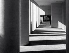 """""""Para la mala arquitectura no hay ninguna justificación ideológica; como no la hay para un puente que se hunde"""", decía Rossi."""
