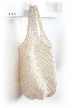 파인애플 그물백 떠봐요~(도안) / 코바늘 그물가방 : 네이버 블로그 Free Crochet, Knit Crochet, Knitted Bags, Loom Knitting, Purses, Boho, Clothes For Women, Crafts, Crochet Tote