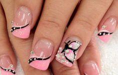 Diseños de uñas a la moda actual, diseño de uñas a la moda pedreria.  Follow! #diseñodeuñas #acrylicnails #uñasdeboda