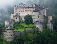 Werfen (Salzburgerland) - Hohenwerfen Castle / Burg Hohenwerfen / Château d'Hohenwerfen