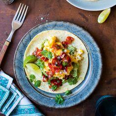 Scrambled Huevos Rancheros Egg Recipes, Wine Recipes, Mexican Food Recipes, Ethnic Recipes, Apple Recipes, Avocado Breakfast, Best Breakfast, Breakfast Recipes