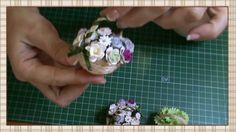 Cesta de flores para muñecas