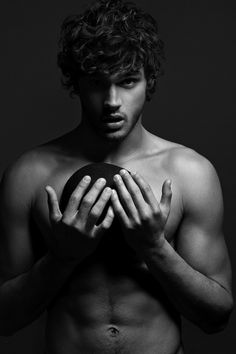 Marlon Texeira… I will never tire of looking at THIS.