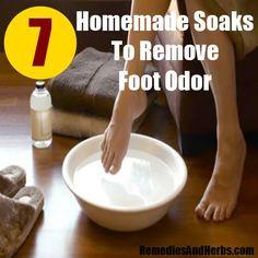 7 Best Homemade Soaks To Remove Foot Odor. Epsom salt - baking soda - essential oils - black tea - Vinegar