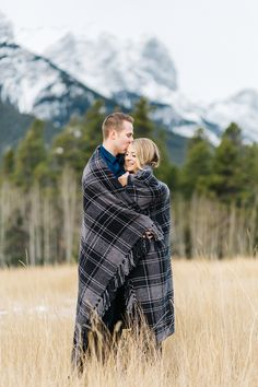 Mountain engagement session in canmore // winter engagement session in the mountains