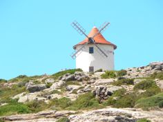 Le Moulin Mattei par Stéphane Bedell Cap Corse, Le Cap, Le Moulin, Lighthouses, Statue Of Liberty, Travel, Statue Of Liberty Facts, Viajes, Statue Of Libery