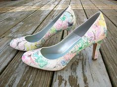 I am going to make these to go with my wedding dress!! Super excited!!