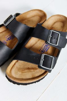 Birkenstock Arizona Oiled Soft Footbed Sandal - Urban Outfitters
