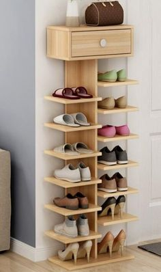 Shoe closet storage house 44 Ideas for 2019 Closet Storage, Shoe Closet, Closet Tour, Shoe Shoe, Garderobe Design, Diy Furniture, Furniture Design, Furniture Projects, Diy Casa