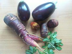 Einfach anders als Standard. Mini-Rote-Bete, Mini-Auberginen, Möhren mit Füßen,...