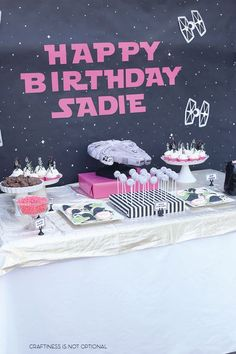 Trendy baby first birthday party ideas girl star wars Ideas Birthday Poems, Star Wars Birthday, Baby First Birthday, First Birthday Parties, First Birthdays, 4th Birthday, Theme Parties, Birthday Crafts, Princesa Leia