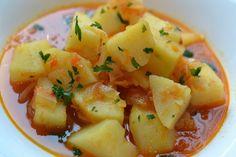 A szaftos köret jól passzol sok -féle húshoz, ezért gyakran el is készítem. Ajánlom nektek is, mert remek étel és alig van vele munka! Hozzávalók: 1 kg burgonya 1 nagy hagyma 20 dkg sonka 2 paprika 1 dl paradicsomlé 1 teáskanálnyi curry 1 te... Cantaloupe, Potato Salad, Ale, Potatoes, Curry, Fruit, Ethnic Recipes, Minden, Foods