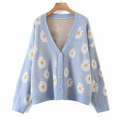 Preppy Mode, Preppy Style, Cute Fashion, Look Fashion, Fashion Outfits, Mode Bcbg, Casual Sweaters, Cute Cardigans, Pulls
