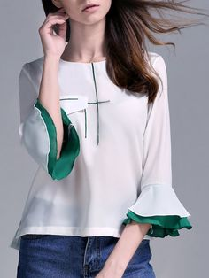 Shop - White Crew Neck Casual Pockets Top online. Discover unique designers fashion at StyleWe.com.